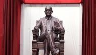 आंबेडकर जयंती: भारत में अांबेडकर की मूर्तियों से हो रहा है खिलवाड़, लंदन में ऐसे होता है सम्मान