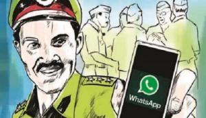 IIT प्रफेसर का अदालत में दावा : आपके WhatsApp मैसेज को पढ़ा जा रहा है