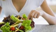 Alert People! Eating raw fruits and vegetables improve physical and mental health
