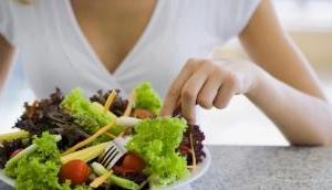 Amid COVID-19 lockdown follow healthy dietary regimen at home