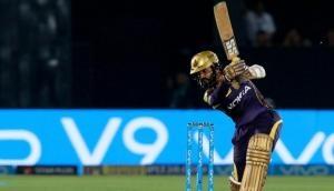 आईपीएल में मैच स्थानांतरित को लेकर बात करते हुए भावुक हुए कार्तिक, कहा- ईडन गार्डन्स को मिस करूंगा