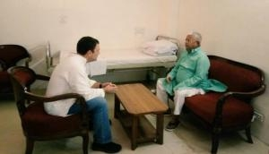 राहुल गांधी ने एम्स जाकर की लालू से मुलाकात, मोदी को हराने के लिए ले सकते हैं बड़ा फैसला