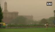 दिल्ली-NCR में छाया अंधेरा, दिन में जलानी पड़ी लाइट