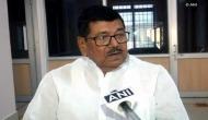 बिहार: नीतीश के मंत्री का यू-टर्न, बस में आग लगने से नहीं हुई कोई मौत