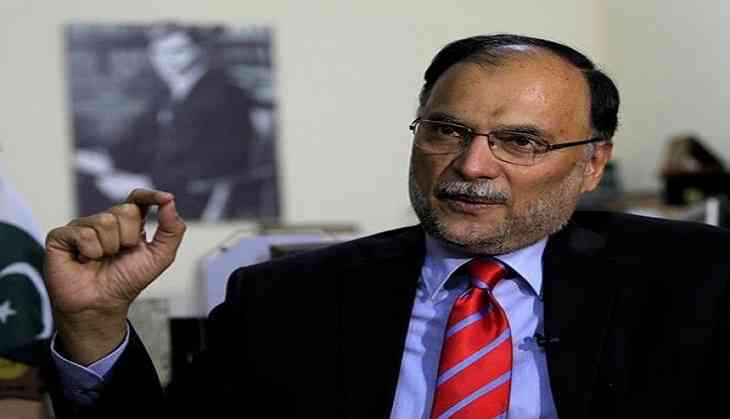 Pakistan interior minister shot and wounded in suspected assassination bid