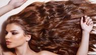जानिए बालों को घने और मजबूत बनाने के लिए कितनी जरुरी हैं तेल मसाज