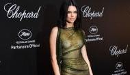 Cannes: ब्रालेस ट्रांसपेरेंट ड्रेस में रेड कार्पेट पर चलीं ये एक्ट्रेस