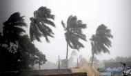 Video: तूफ़ान 'तितली' ने ओडिशा में दी दस्तक, 165 किलोमीटर प्रति घंटे की रफ़्तार से चली हवाओं ने मचाई तबाही