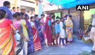 पश्चिम बंगालः पंचायत चुनाव में वोटिंग के बीच आसनसोल में बमबारी, मीडिया की गाड़ियों पर हमला