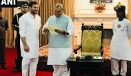 बिहार बना कर'नाटक': राजभवन पहुंचे तेजस्वी बोले- RJD को मिले सरकार बनाने का न्योता