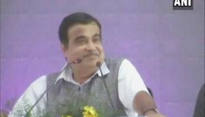 Union Minister Nitin Gadkari invites Indian investors to fund structural construction projects