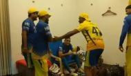 IPL 2018ः जीत के बाद ब्रावो और भज्जी ने किया ऐसा डांस कि मुस्कान नहीं छुपा पाए धोनी