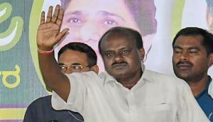 कर्नाटक: कुमारस्वामी ने विश्वासमत किया हासिल, भाजपा का वॉकआउट