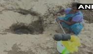 Tamil Nadu: Locals dig up sandy terrain for drinking water