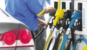 तेल का खेल: लगातार छठे दिन घटे पेट्रोल-डीजल के दाम, 6 दिन में मात्र 48 पैसे सस्ता हुआ पेट्रोल