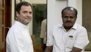 कांग्रेस के 'रहमो करम' से सीएम बने कुमारस्वामी ने राहुल गांधी को बताया 'पुण्यात्मा'