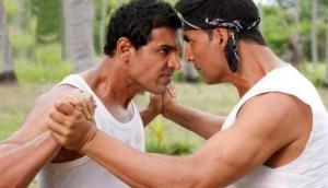 'Desi Boyz' actors Akshay Kumar and John Abraham denies fight over Parmanu controversy