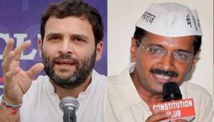 2019 में मोदी को हराने के लिए हाथ मिला सकते हैं केजरीवाल और राहुल