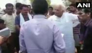 Video: भ्रष्टाचार न करने की बात कहने पर BJP नेता ने सरकारी कर्मचारी से कहा- जूते से मारूंगा