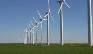 अडानी-एस्सार के हाथ खड़े करने के बाद गुजरात पवन ऊर्जा के पंखों के सहारे