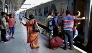 रेलवे ने रद्द किए 122 ट्रेन, यात्रा से पहले कर लें कंफर्म वरना पड़ेगा लौट कर घर आना