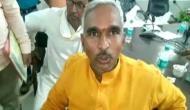 बीजेपी MLA सुरेंद्र सिंह ने फिर दिया विवादित बयान, अब कुत्ते से की योगी के मंत्री की तुलना