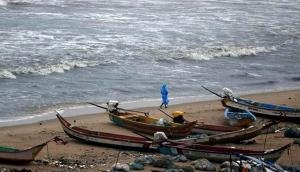 Goa: IMD advises fishermen not to venture in sea for next 5 days