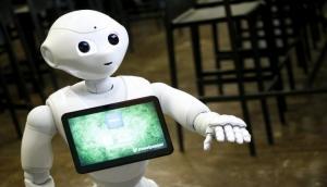 अब लैब में नहीं बल्कि रोबोटिक डिवाइस करेगी आपका ब्लड टेस्ट