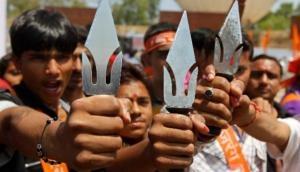 विश्व हिंदू परिषद और बजरंग दल हैं उग्रवादी संगठन लेकिन RSS देशभक्त संगठन- CIA