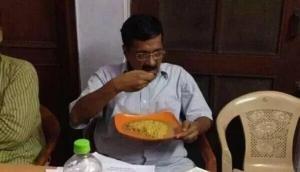 'केजरीवाल मनीष सिसोदिया, सत्येन्द्र जैन को अनशन पर बैठाकर खुद खा रहे हैं पराठे'
