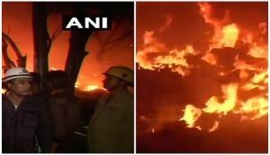 Delhi: Massive fire breaks out in plastic godown