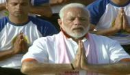 पीएम मोदी ने देहरादून में 50 हजार लोगों के साथ किये आसन बोले- दुनिया को एक करने की ताकत है योग