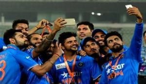 On World Selfie Day, let's see some of the superb selfies of our cricketers!
