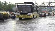 Mumbai : Heavy rain causes water-logging