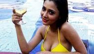 Sara Khan trolled for her bikini picture; Netizens called her 'Islam k nam par dhabba'