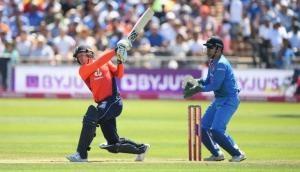 Ind vs Eng 3rd T20: इंग्लैंड ने 15 ओवरों में ठोक डाले इतने रन, विशाल स्कोर पर होंगी निगाहें