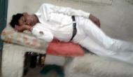 इस रेलवे स्टेशन पर शराब पीकर सो गया स्टेशन मास्टर और फिर ट्रेनों की हुई मनमानी...