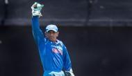Video: इंग्लैंड के खिलाफ निर्णायक T20 मैच में 25 लाख रुयपे का पड़ा धोनी का ये कैच