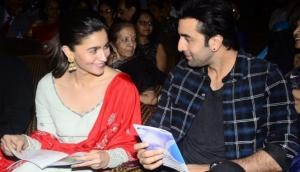 Brahmastra actor Ranbir Kapoor and Alia Bhatt enjoyed lavish date on Valentine's day, putting rumors of breakup aside; see pics