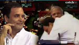 पीएम मोदी से गले मिलने के बाद राहुल गांधी ने अपनी सीट से मारी आंख