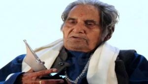 नहीं रहे मशहूर गीतकार गोपालदास नीरज, 93 साल की उम्र में निधन