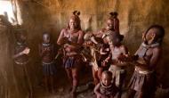 ये महिलाएं खूबसूरती के लिए पानी की जगह धुंआ से करती है स्नान