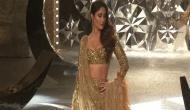 Kareena dazzles at India Couture Fashion Week