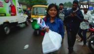 केरल: मछली बेचने वाली छात्रा ने ट्रोलर्स को दिया मुंहतोड़ जवाब, CM विजयन का भी मिला साथ