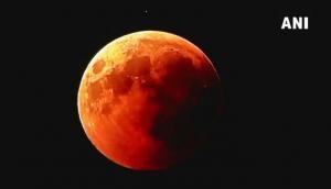 103 मिनट तक था सदी का सबसे लंबा चंद्रग्रहण, खूबसूरती देखकर आंखें खुली रह गईं