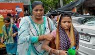 दिल्ली में 'भूख' से मौत मामला: क्या पिता ने दवा खिला कर ली बच्चियों की जान?