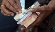 कर्मचारियों और पेंशनभोगियों को मोदी सरकार का बड़ा तोहफा, इतनी बढ़ेगी सैलरी