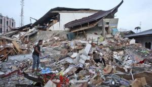 भूकंप के झटकों से थरथराया इंडोनेशिया, तबाही में 10 की मौत, दर्जनों घायल