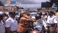 बेंगलुरु में 'यमराज' के बाद 'भगवान गणेश' ने सड़कों पर उतर कर किया ये काम