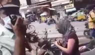 हैदराबाद: लड़की ने स्कूटी रोकने पर ट्रैफिक पुलिस वालों को दी नॉनस्टॉप गालियां, देखें वायरल वीडियो